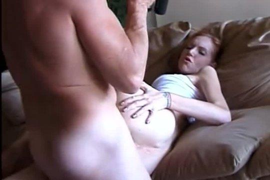 После Прогулки С Подругой Парень Вернулся Домой Возбуждённым - Смотреть Порно Онлайн