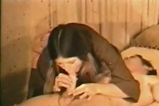 Редкое домашнее винтажное порно 60-х ~ Mega-Porno.me