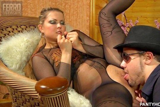 Парень Своим Язычком Старается Ублажить Подругу - Смотреть Порно Онлайн